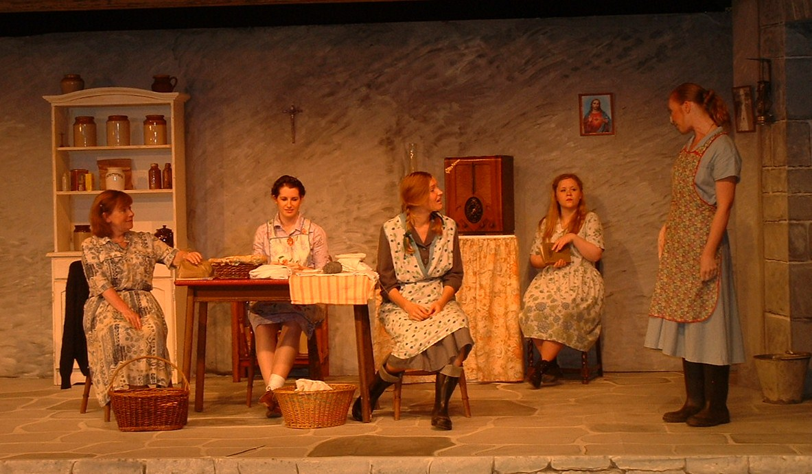 the directors observation of the play dancing at lughnasa Helmed with a delicate touch by director craig alan mummey, this intimate   michael is ever present onstage, observing the drama with a wry smile   quotidian theatre company's production of dancing at lughnasa runs.